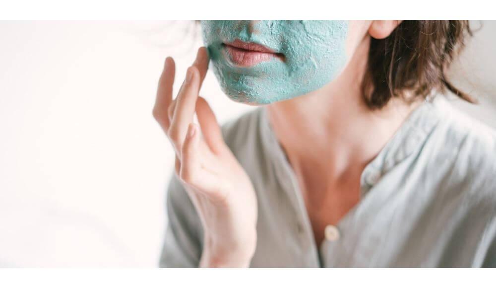 evde yüz maskesi