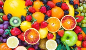 meyveler ile bebeklerde ek gıdaya geçiş