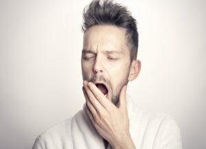 uykusuzluğun panik atağa etkisi