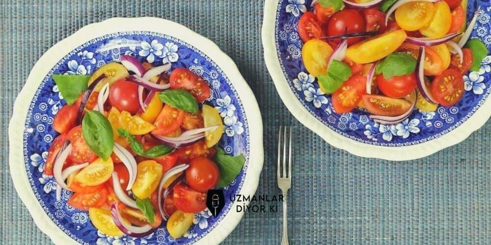 kis-salatalari-domates-salatasi