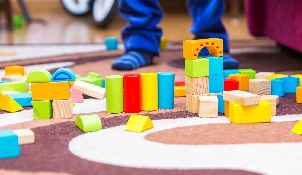 çocuğun gelişiminde oyuncağın önemi