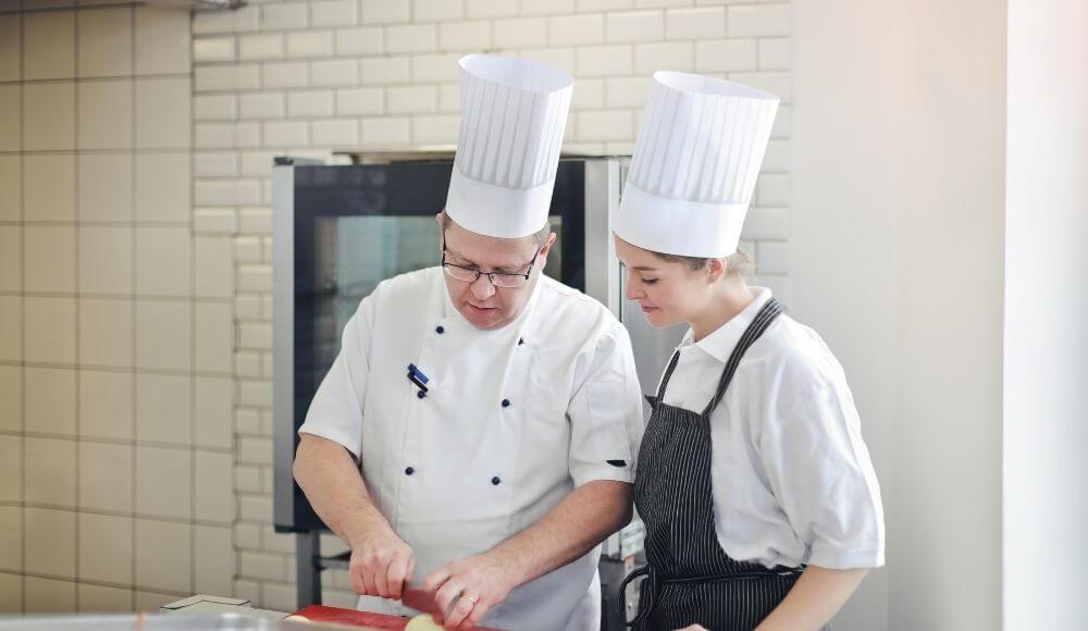 mutfakta yapılan hatalar mutfakta beklentiyi yüksek tutmamak
